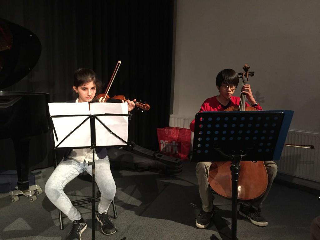 Sude (viool) en Rhijn (cello)