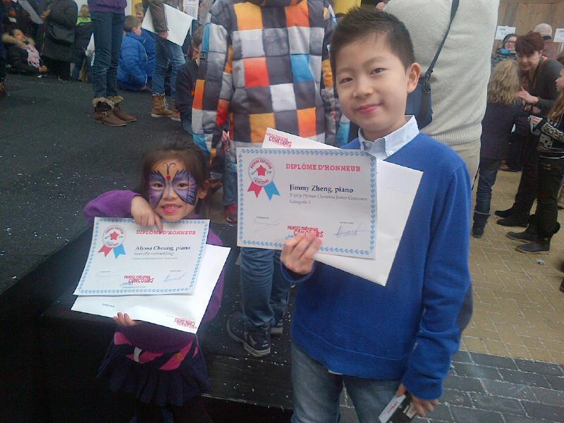 Samen met klasgenootje Jimmy Zheng, 2e prijswinnaar