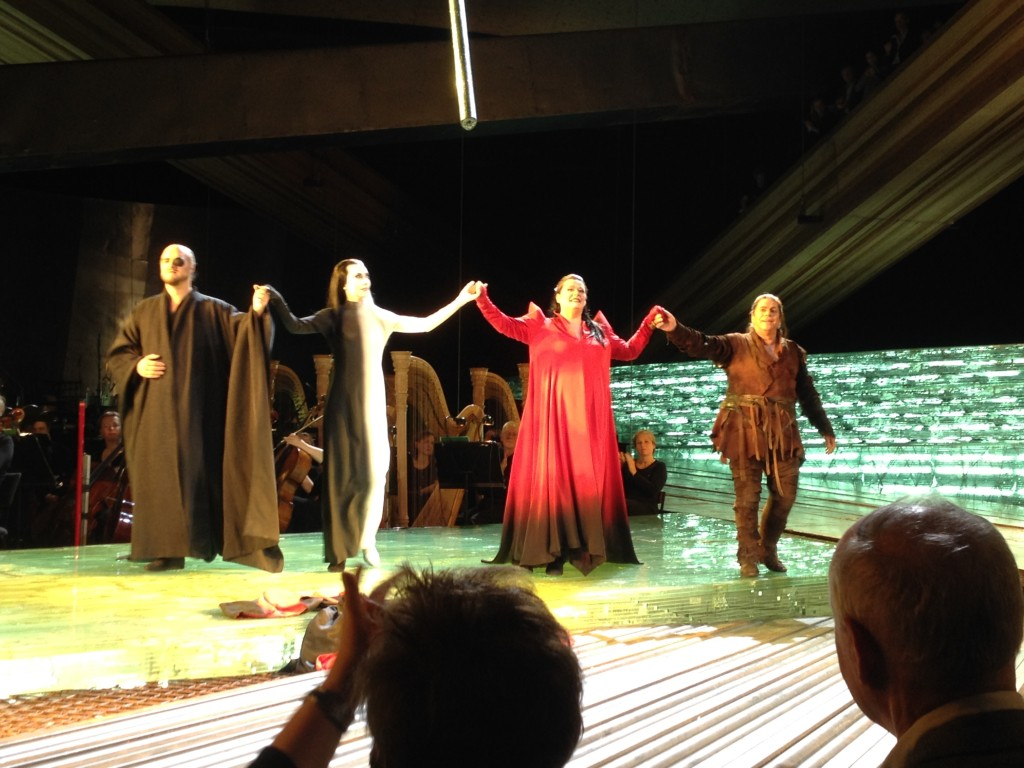 Van links naar rechts: Wotan, Erda, Brünhilde, Siegfried