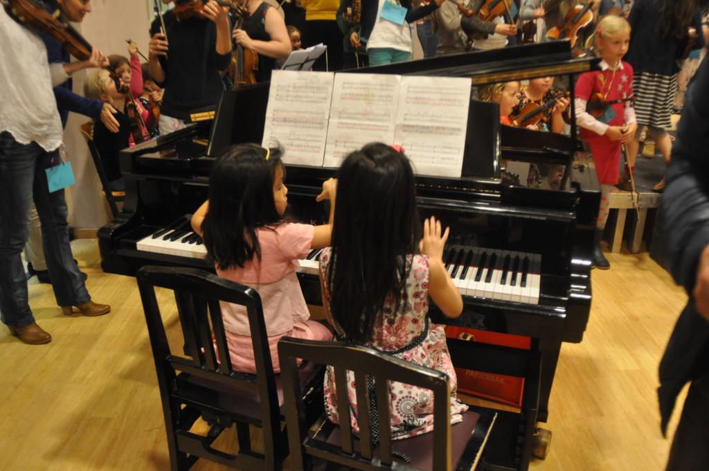 Alyssa & Bintang voor het concert