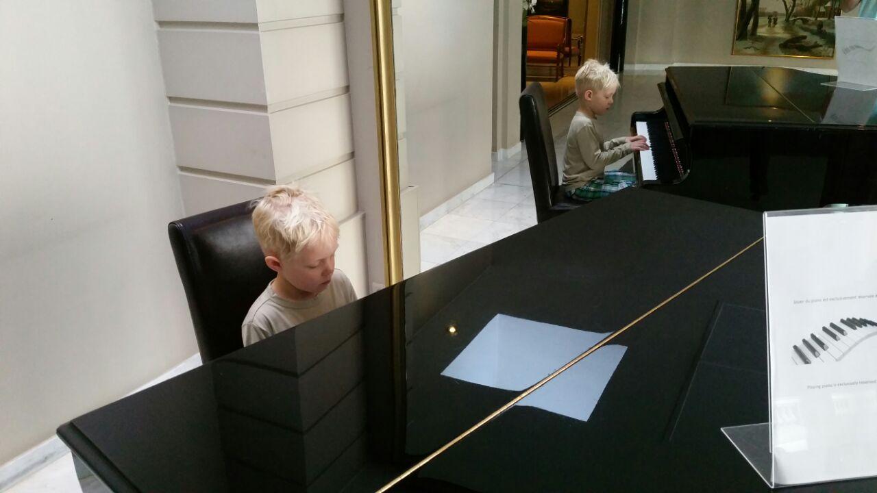Joris in het hotel