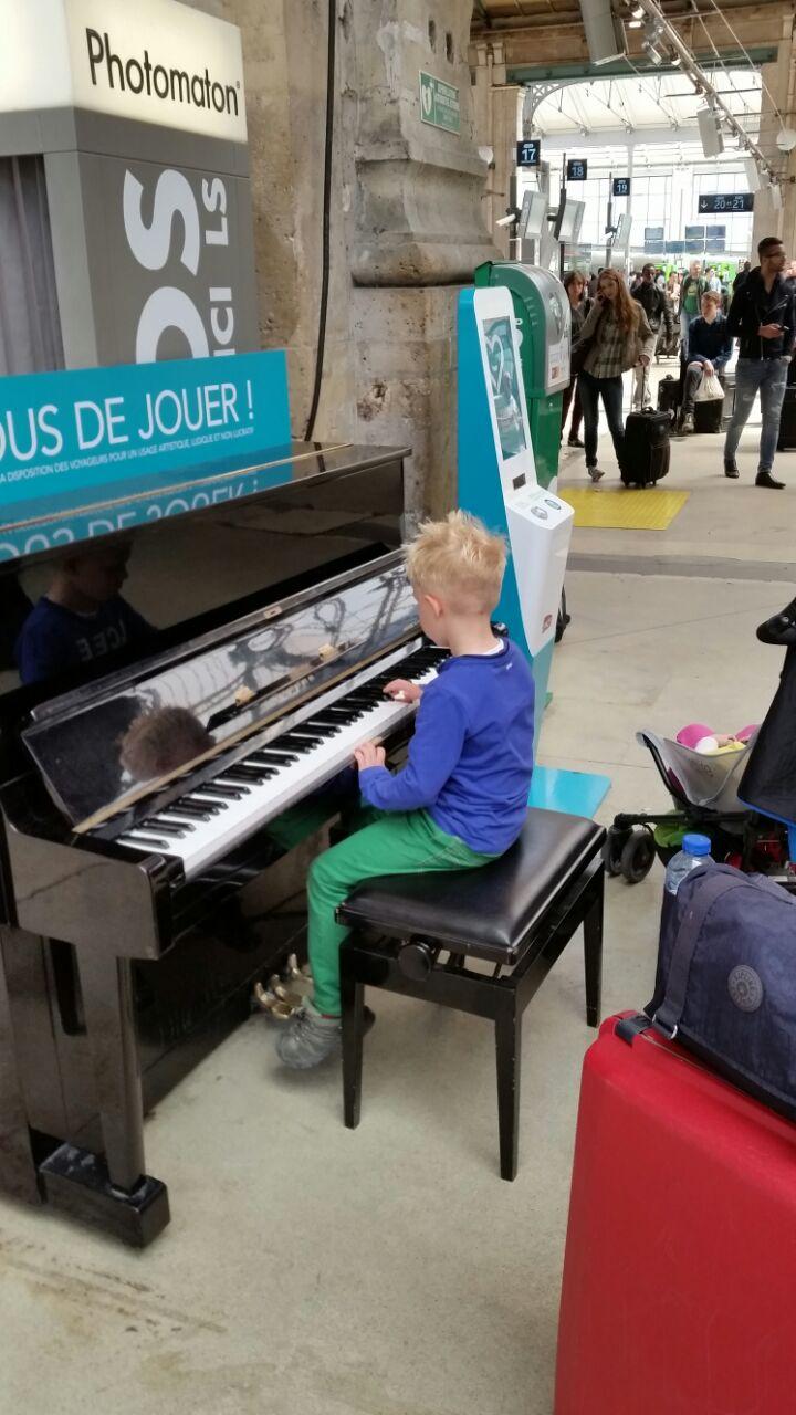 Joris op Gare du Nord